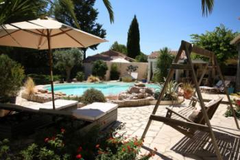 Chambres d'hôtes terrasse avec piscine